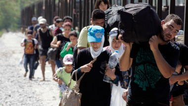 IMIGRANTI SPRE SERBIA GettyImages-485080354