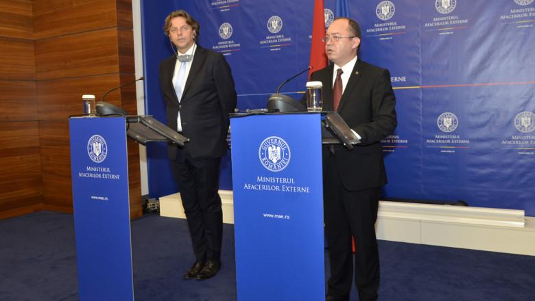 mae ro bogdan aurescu ministrul de externe olandez bert koenders 2015-09-19
