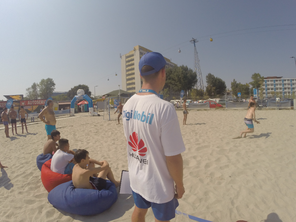 fotbal pe plaja