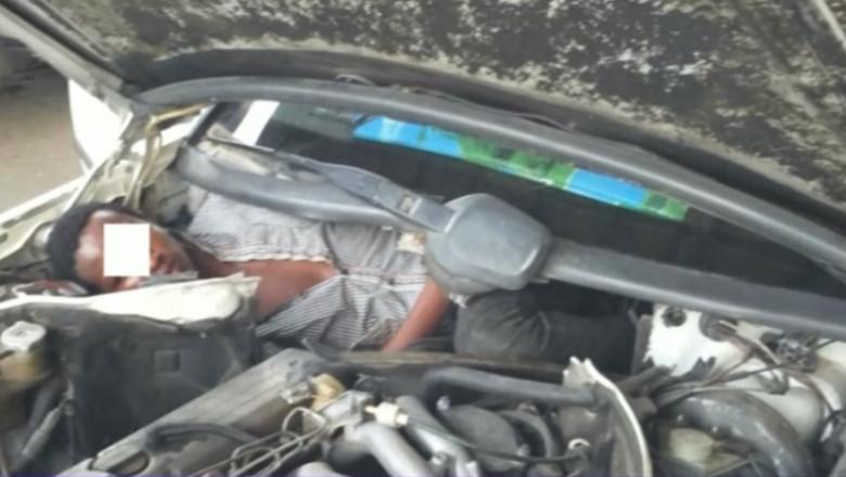imigrant in masina