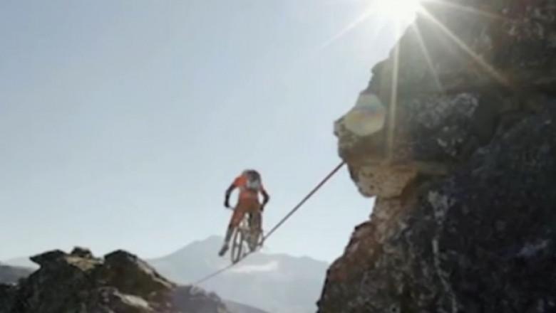 traversare cu bicicleta 110 metri inaltime alpi 20 09 2015