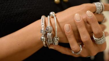 bijuterii pandora