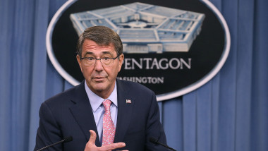 ASHTON CARTER GettyImages