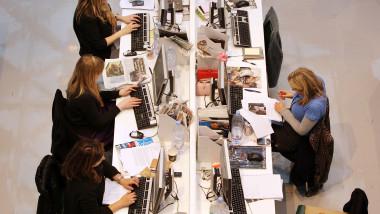 Femei la birou GettyImages septembrie 2015