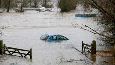 inundatii - GettyImages-469358535