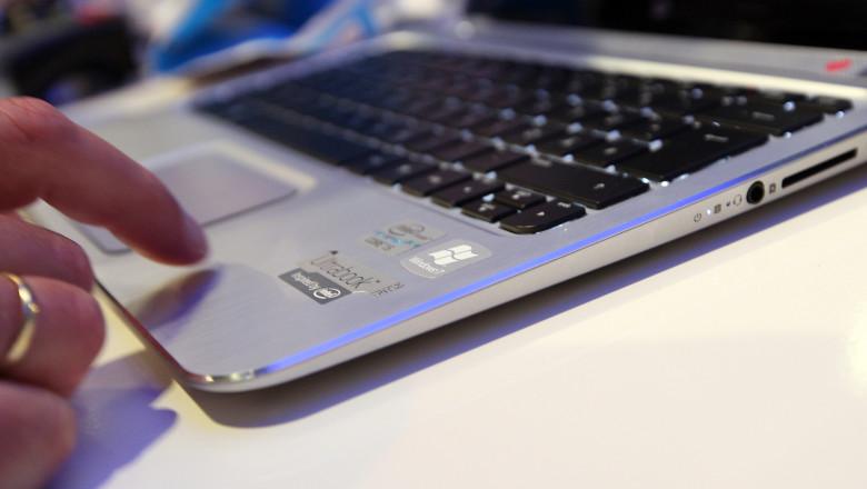 laptop mana tastatura 2 - GettyImages-8 sept 15