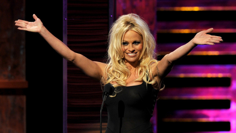 Pamela Anderson GettyImages-103195365