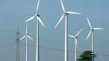 turbina eoliana eoliene GettyImages-104890036
