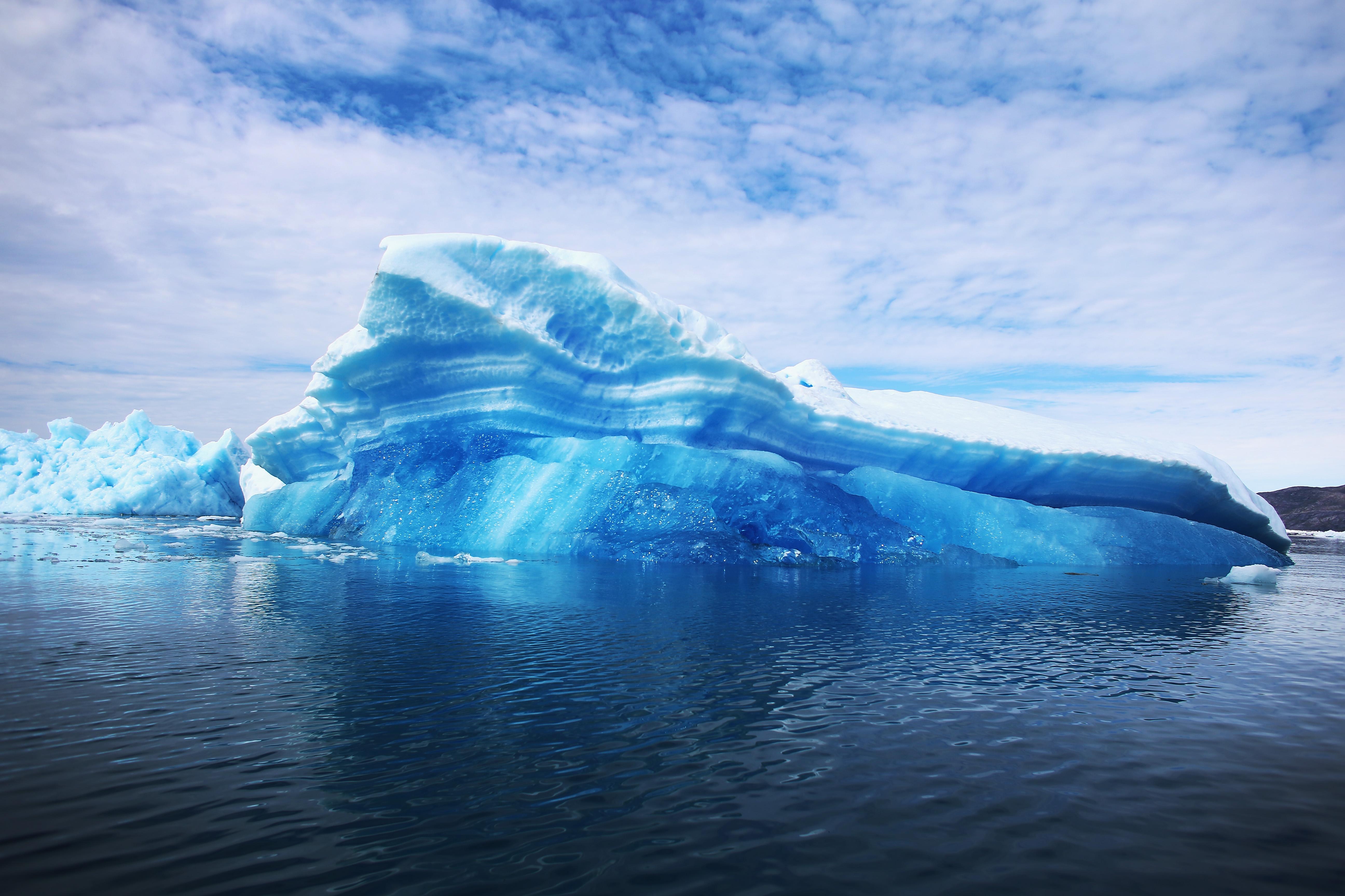 Alarma climatica in Groenlanda. Ce indica satelitii NASA