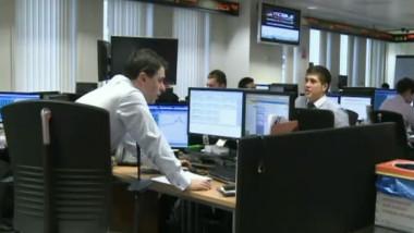 tineri birou afaceri computer