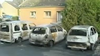 masini incendiate franta
