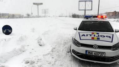 Masian de Politie Autostrada Soarelui circulatie inchisa iarna agerpres 8206375