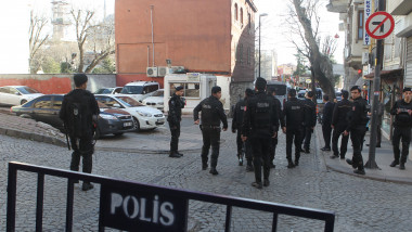 politie istanbul - GettyImages-504660936