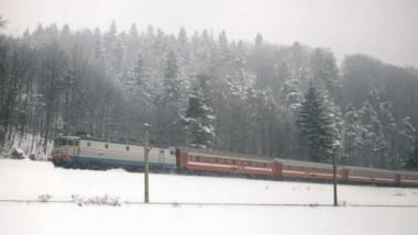 CFR tren iarna FB