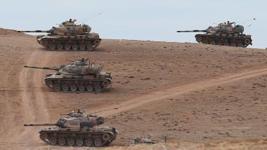 Tancuri armata Turcia granita cu Siria GettyImages august 2015