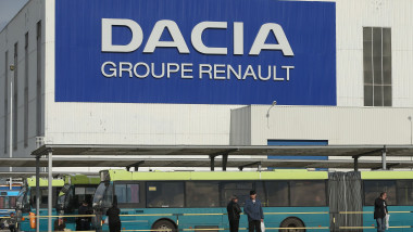 DACIA RENAULT - GettyImages-163459052