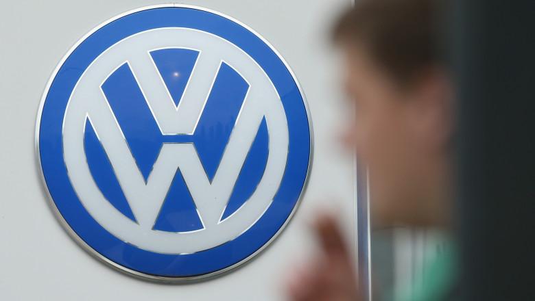 volkswagen sigla corporate GettyImages-489539186