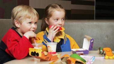 copii fast food getty
