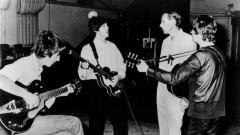 Beatles and George Martin in studio 1966 - wikipedia