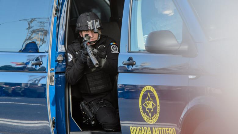 SRI ro brigada antitero 02 12 2015