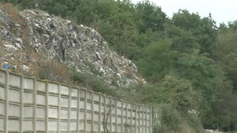 Protest In Băicoi Din Cauza Deșeurilor