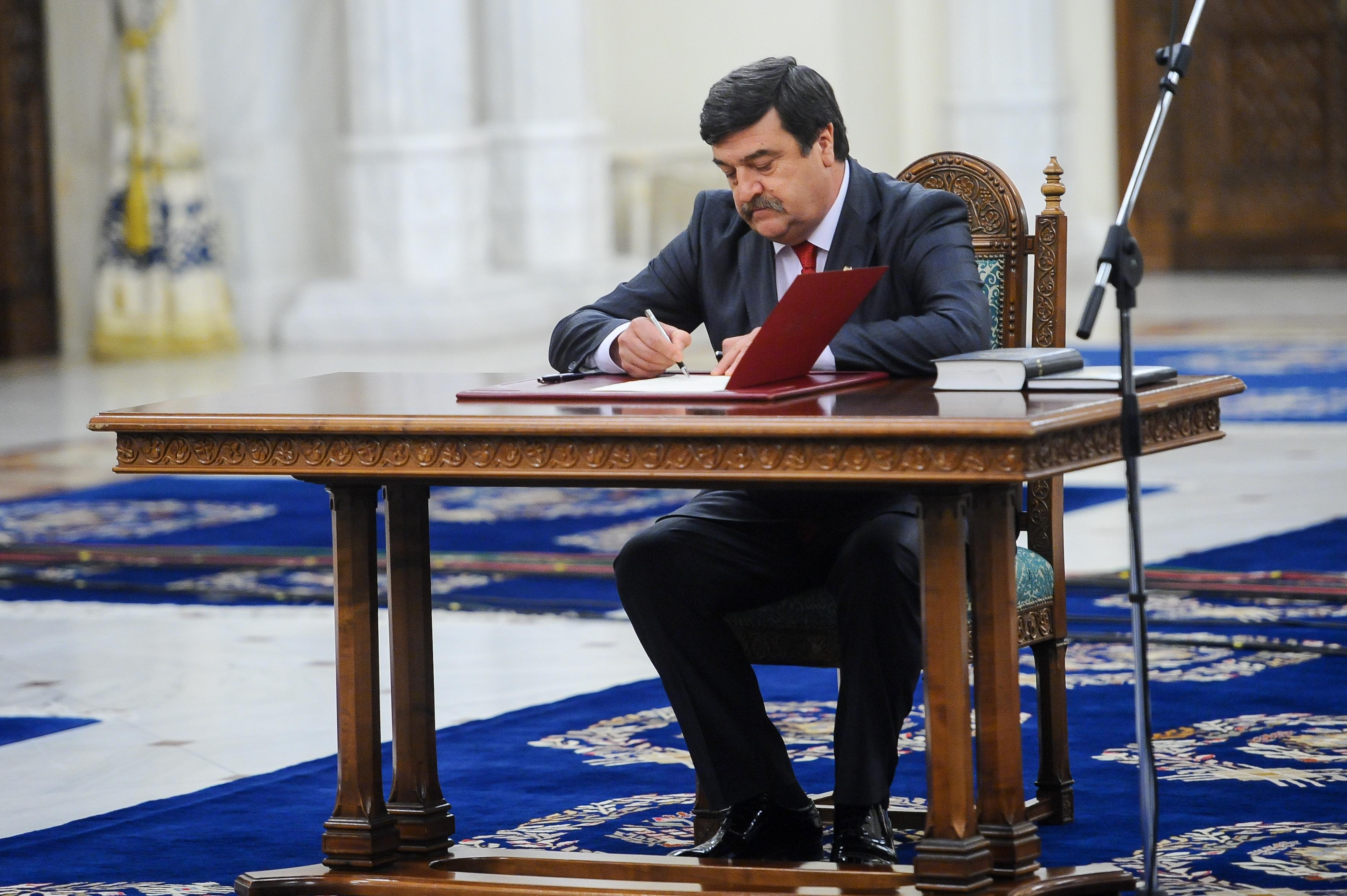fostul-judecator-ccr-toni-grebla-va-fi-noul-secretar-general-al-guvernului