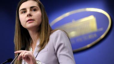 Ioana Petrescu ministru de Finante - gov 1