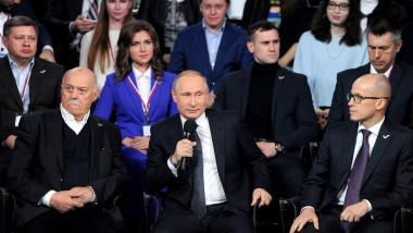 putin la sankt petersburg cu presa - kremlin.ru