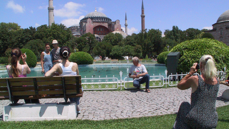 turcia turisti moschee GettyImages-1325494