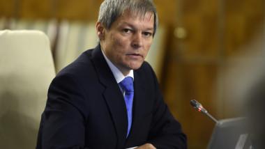 Dacian Ciolos sedinta de guvern gov.ro