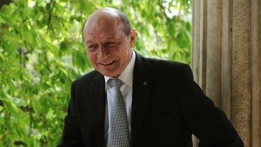 Traian Băsescu: Nu cred că vor fi alegeri în două tururi