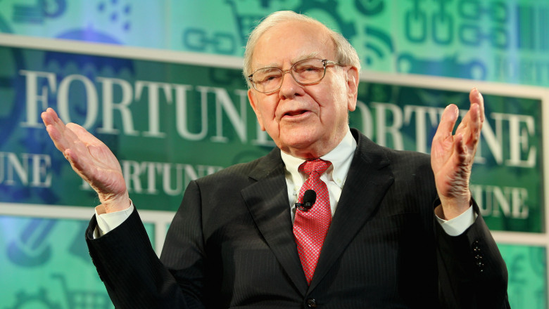 Warren Buffett GettyImages-184769358