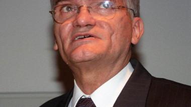 medic mihai coculescu agerpres