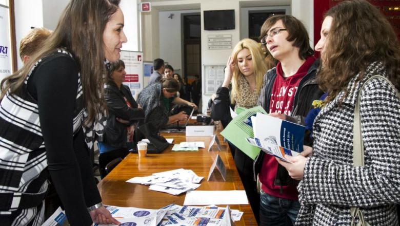 studenti bursa locuri munca ASE site