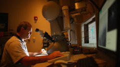 medic microscop getty