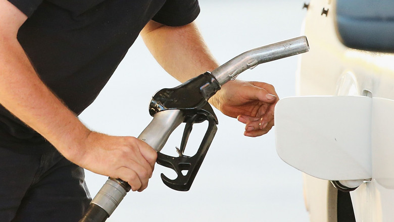 benzina carburant - GettyImages-490018303