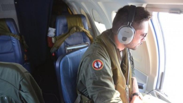 militar francez twitter marina franta
