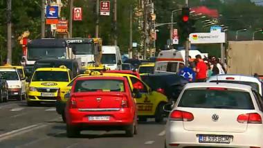 trafic aglomerat masini