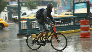 bicicleta ploaie - getty