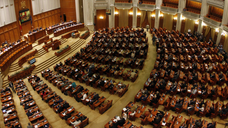parlament plen crop inquam photos-1