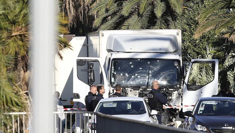 camion nisa agerpres 8872636-1