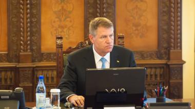Klaus Iohannis sedinta CSAT 9 iunie 2015 - presidency.ro