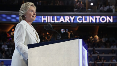 HILLARY CLINTON CONVENTIE GettyImages-584452292