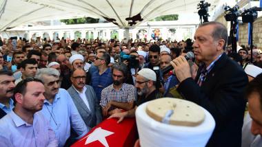 erdogan funeralii GettyImages-576704532-1