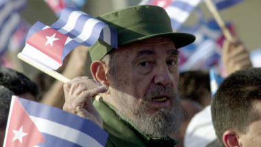 fidel castro in 2004 - GettyImages-50982343