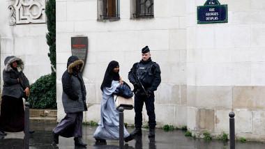 Musulmani FRanta Marea Moschee din Paris GettyImages-498035632-1