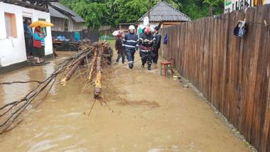inundatii politie FB MAI.jpg 3