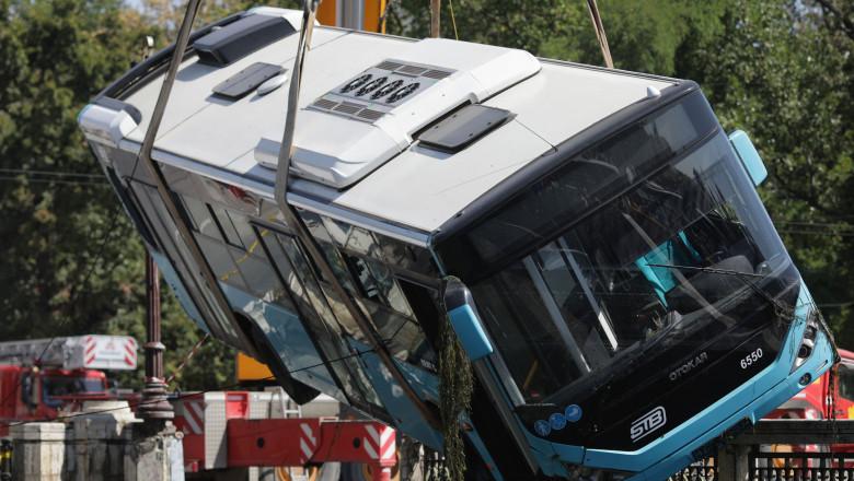 autobuz dambovita ridicat inquam photos octav ganea 20190831131406_OGN_0963-01