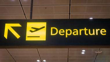Terminal plecari aeroport