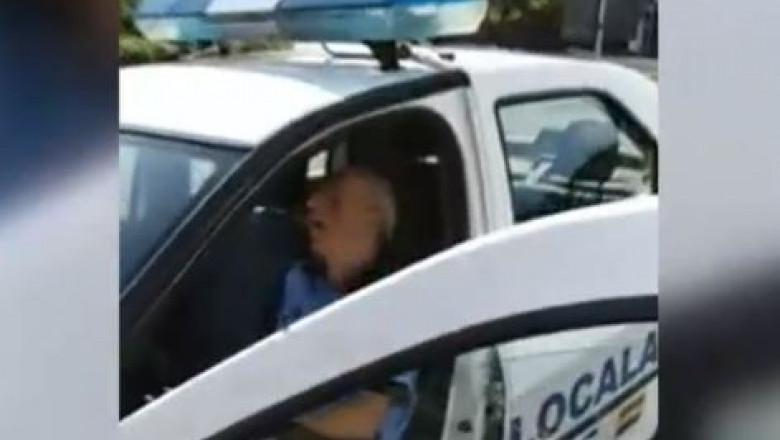 politist local doarme